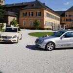 Mercedes, Rhein Taxi vor dem Schloss Johannisberg